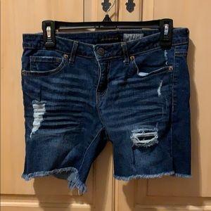 Aeropostale junior's size 6 Bermuda denim shorts